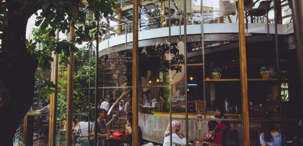 Ini 6 Hal Unik Dari Café 180 Bandung