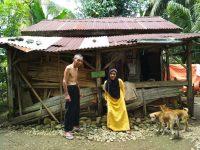Tinggal digubuk tua, begini pilunya kehidupan pasutri asal Pino Raya