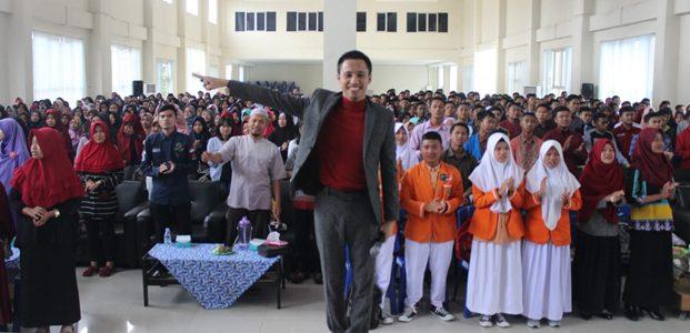 Syafii Effendi : Jangan cari kerja,tapi ciptakan lapangan pekerjaan